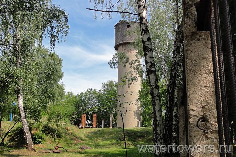 В малаховке водонапорная башня
